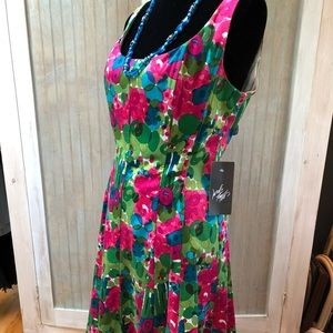 Nine West colorful fitted dress